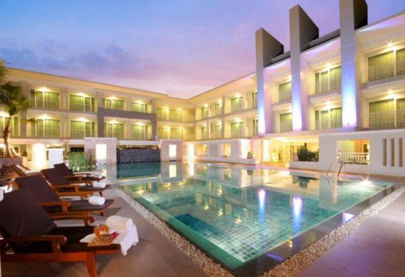 Kantary Hills Hotelのプール