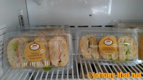 ナナベーカリーのサンドイッチ