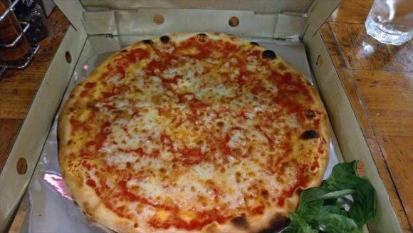 ジラソーレのピザ