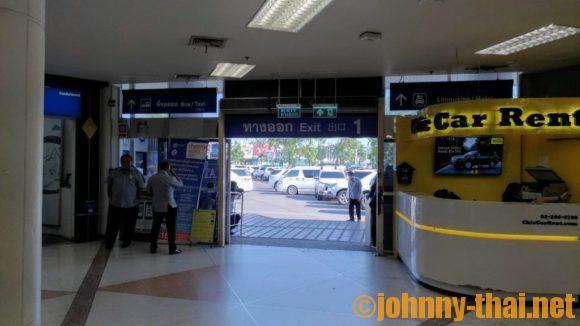 チェンマイ空港1番出口