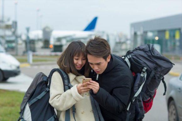 タイ旅行でレンタルWiFiを使うカップル