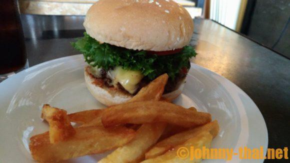Sputnik Burgerのチーズバーガー