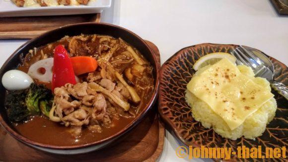GARAKUバンコクのスープカレー(豚しゃぶ)