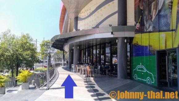 セントラルフェスティバルチェンマイのスマートバス乗り場への行き方