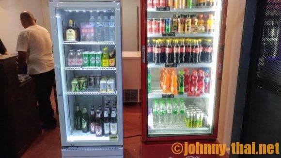 KAD MANEE MARKETのアルコール販売スペース